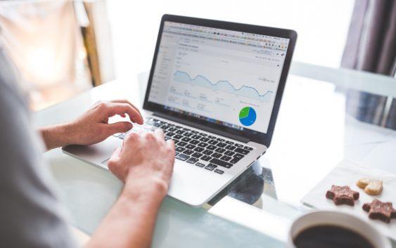 Dokładny monitoring pozycji w wyszukiwarkach